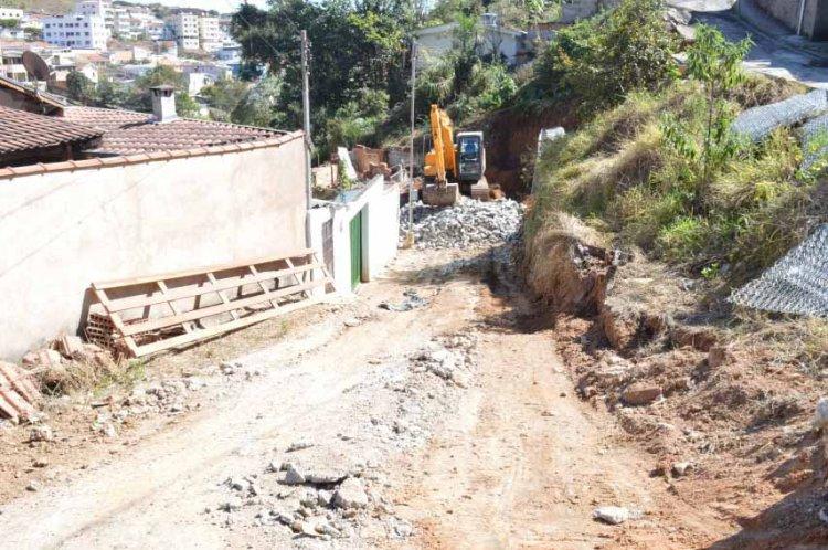Prefeitura iniciou intervenção na segunda-feira na rua Nova Aragem
