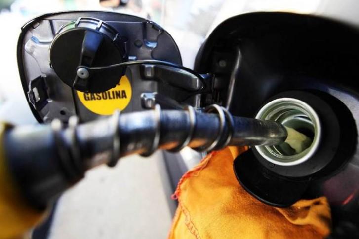 Poços tem segunda gasolina mais cara - Jornal da Cidade