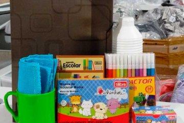 Papelarias aceitam entregar kits escolares - Jornal da Cidade