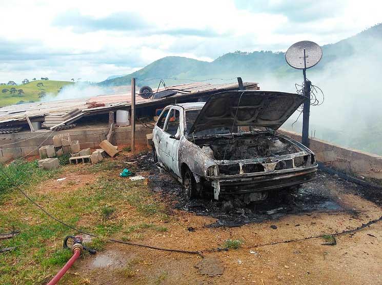 marido poe fogo na casa - Jornal da Cidade
