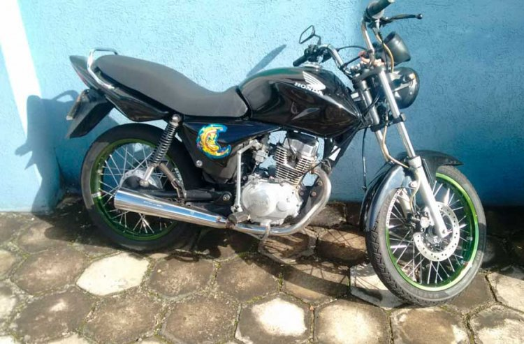 moto furtada que estava à venda no Facebook - Jornal da Cidade