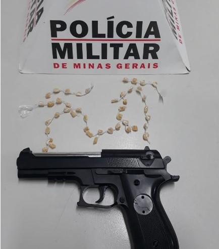 tráfico e porte de arma falsa - Jornal da Cidade