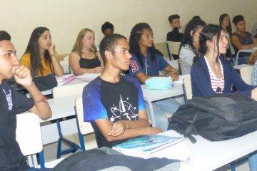 Escola Padrão - Jornal da Cidade