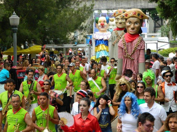 Carnaval 2020 em Poços - Jornal da Cidade