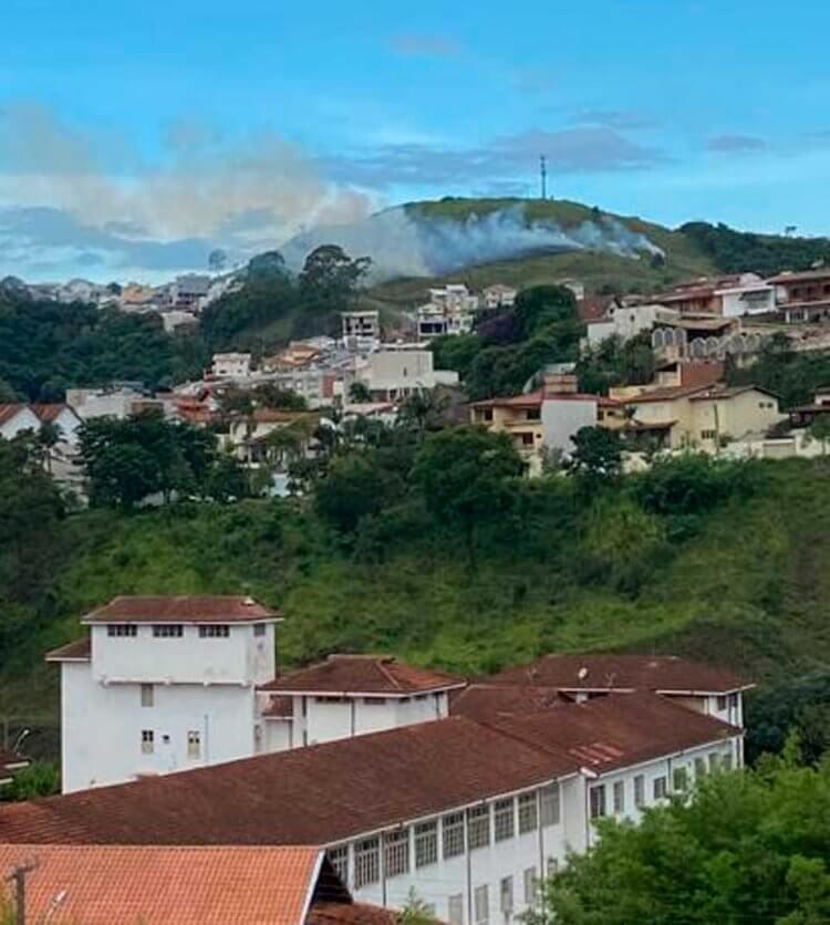 fogo-no-Parque-Vivaldi-Leite-Ribeiro - Jornal da Cidade