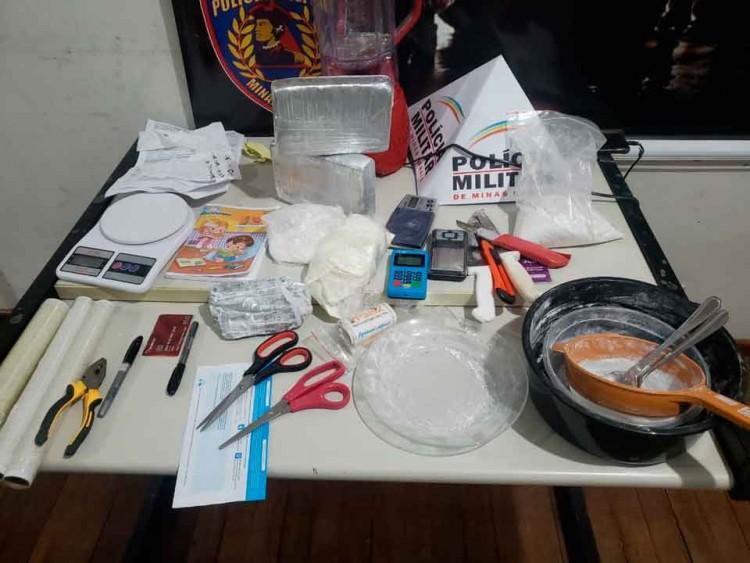 Laboratório-de-refinaria-de-drogas (1)