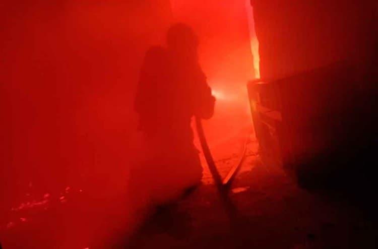 homem-coloca-fogo-na-própria-casa