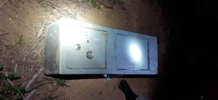 ladrões-assaltam-depósito-de-gás (1)